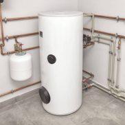 Heat accumulators and boilers